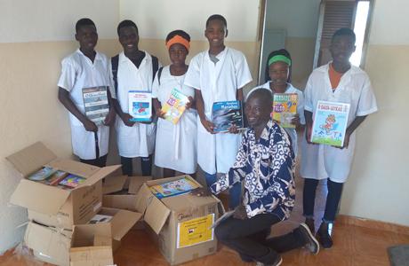 Promozione dell'istruzione attraverso progetti sociali in Angola