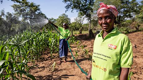 Angola: il nostro progetto sociale integrato prevede la fornitura d'acqua alle comunità locali