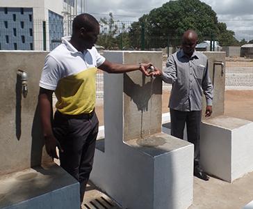 Mozambico: l'accesso all'acqua nel villaggio di Palma
