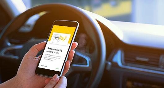 Eni: una nuova App manda in archivio la scheda carburante