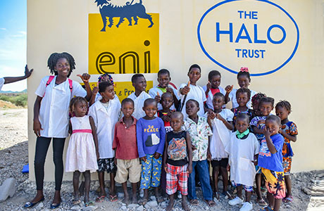 Eni Angola rinnova la partnership con HALO Trust