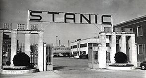"""Eni: a Livorno """"80 anni di Energia"""", mostra fotografica per raccontare la storia della raffineria"""