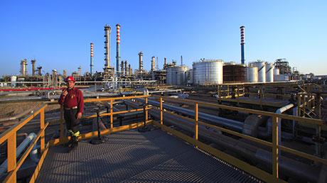 Raffineria taranto in corso verifica impianti riavvio previsto