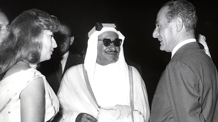 Enrico Mattei with the prince of Kuwait (1960)