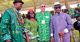 HRM King Alfred P. Diete Spiff, Seriyai II Amayanabo of Twon Brass, HRH Queen of Brass Dr. Lady Josephine Diete-Spiff, Vice Chairman and Managing Director NAOC/AENR/NAE Mr. Massimo Insulla and the Deputy Governor of Bayelsa State Rear Admiral John. G. Jonah (rtd)
