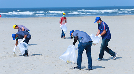 "Eni Pakistan takes part in the ""Clean Beach"" initiative"