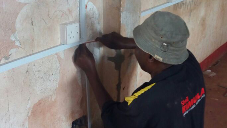 Eni switches on a light in Dadaab